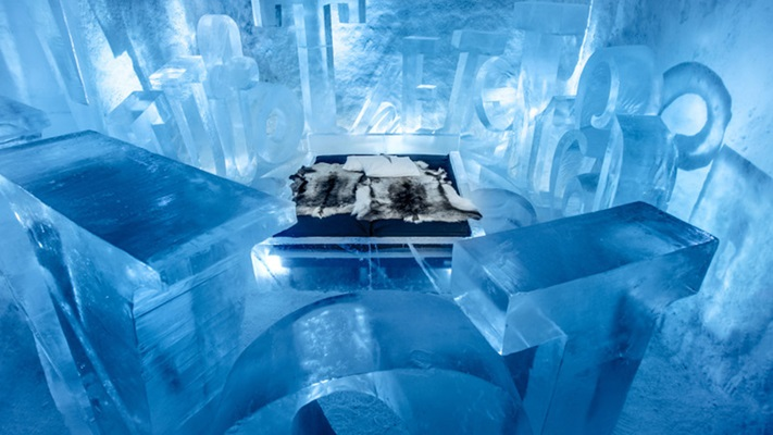 Bedroom in a hotel made from Ice, Sweden